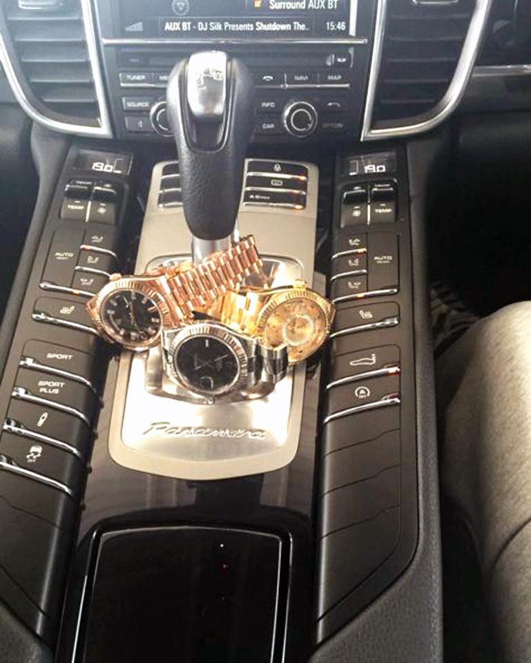Photos : Un dealer emprisonné après avoir posté des photos sur Instagram, avec des liasses de billets, des voitures de luxe et des montres Rolex