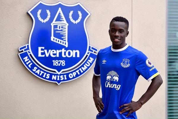 Idrissa Guèye, le «monstre» de l'entrejeu qui enflamme Everton
