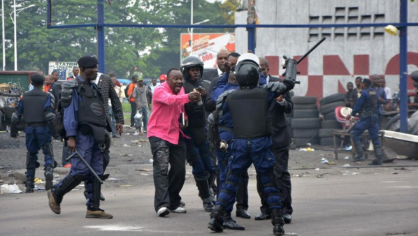 RDC : Violences à Kinshasa au moins 17 morts, dont 3 policiers