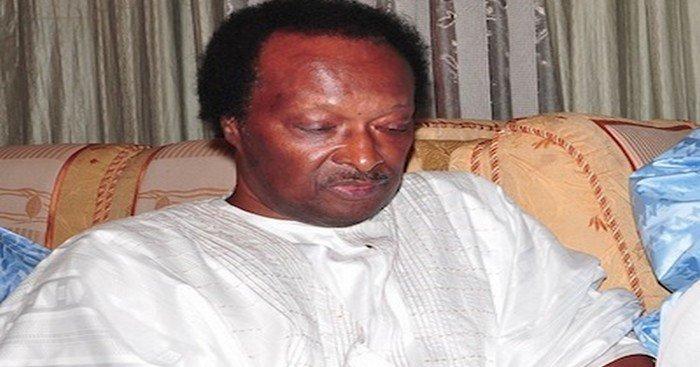 Affaire du carburant toxique : Omar Faye se ligue avec des Baye Fall pour voler au secours de Baba Diao