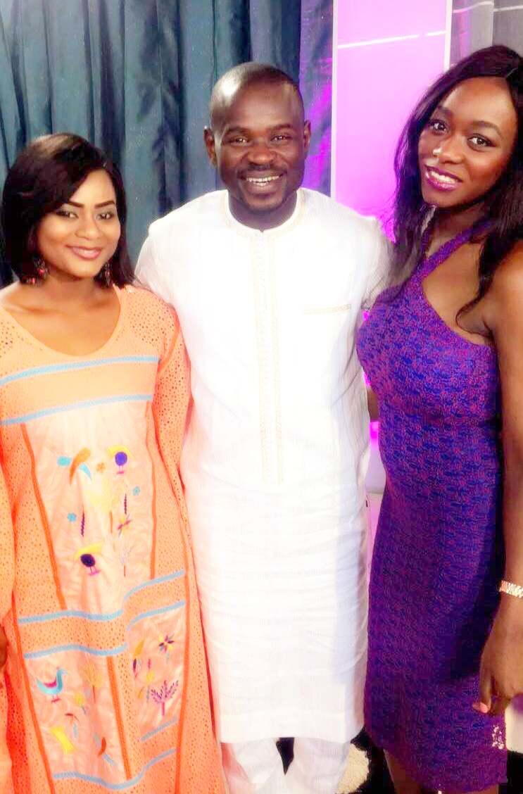 Mery Bey Diouf Très complice avec ses collègues de la Tfm