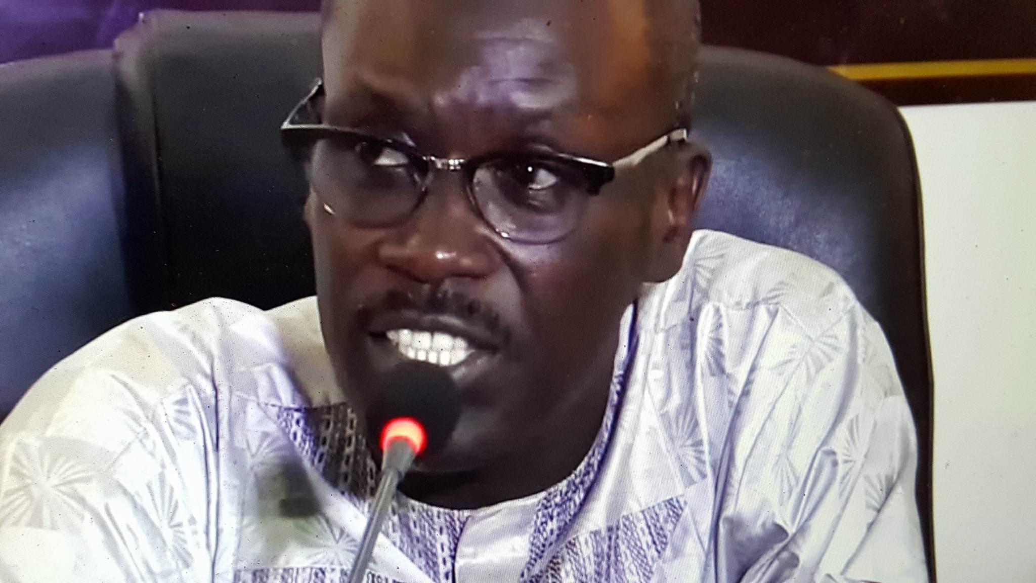"""Seydou Guèye : """"Ousmane Sonko et Abdoul Mbaye sont des néo-politiciens amateurs du pôle prostestaire qui profitent de la situation pour faire buzz"""""""
