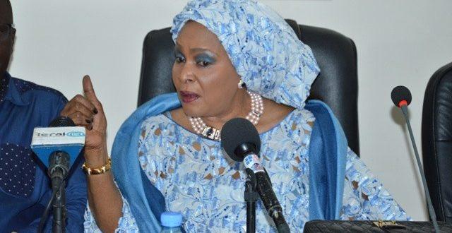"""Aïda Ndiongue accuse : """"Abdoul Mbaye est à l'origine de tous les problèmes qui m'assaillent"""""""