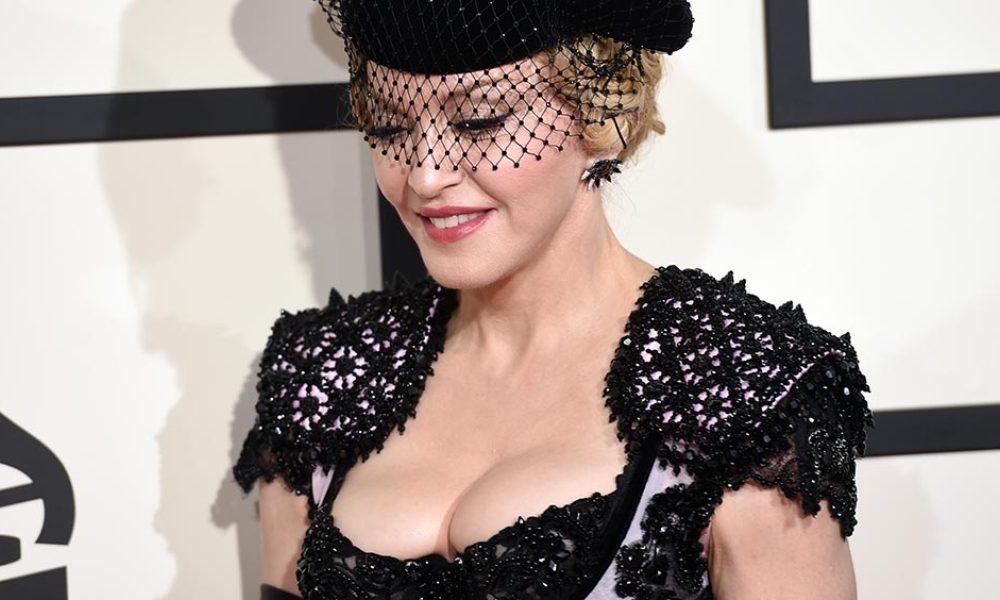 Madonna se déshabille aussi pour Hillary Clinton