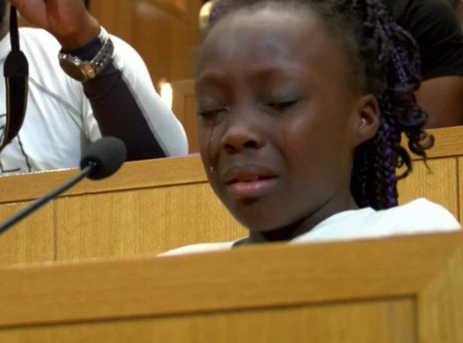 Buzz : à 9 ans, elle fond en larmes en dénonçant les crimes contre les Noirs