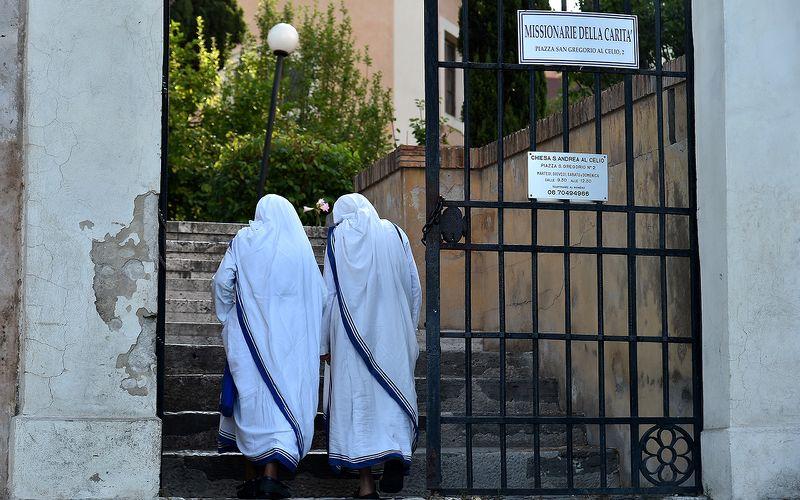 Italie : deux anciennes nonnes se marient