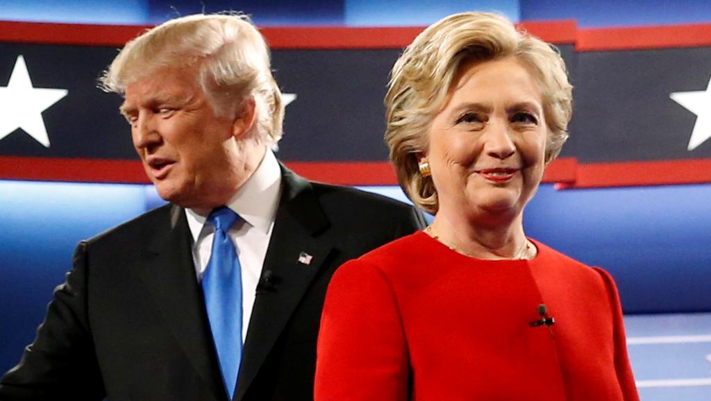 Les candidats à la présidentielle américaine Trump et Clinton se sont affrontés lors d'un grand débat télévisé, le 26 septembre 2016. REUTERS/Jonathan Ernst