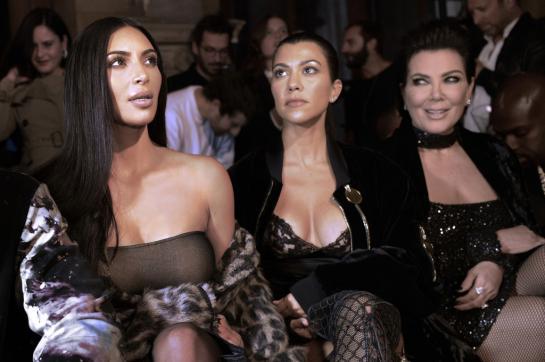 Kim Kardashian agressée à Paris : Plusieurs millions d'euros de bijoux volés