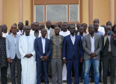 Le ministre d'Etat, Mbaye Ndiaye a caricaturé la plateforme, Manko Wattu Sénégal et Cie, comme une «opposition sans alternative» qui se focalisent, en amont, sur le gaz et le pétrole