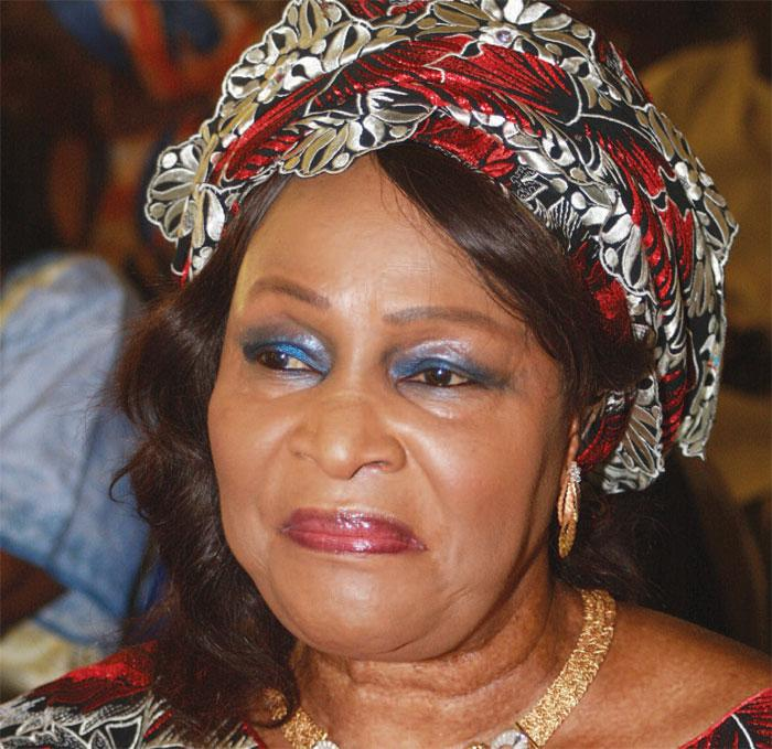 Le gros cadeau de fin d'année d'Aïda Ndiongue à Wade