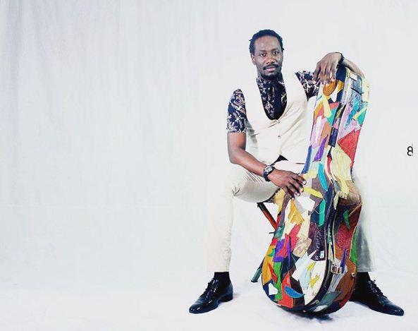 Carlou D, Un 'Bay Faal' du Hip Hop avec sa guitare