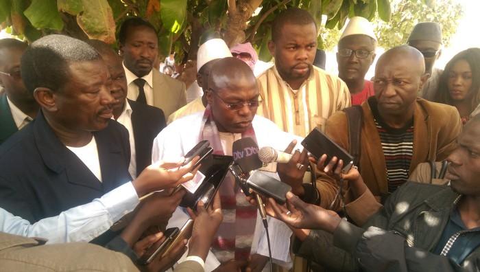 """En réponse à la marche de l'opposition du 14 octobre, l'Apr de Rufisque dresse un bilan économique """"positif"""" du Président Macky Sall"""