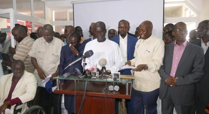 """Saccage des bureaux d'Alioune Guèye : l'opposition dénonce une """"agression injustifiée"""" et lui exprime sa solidarité"""