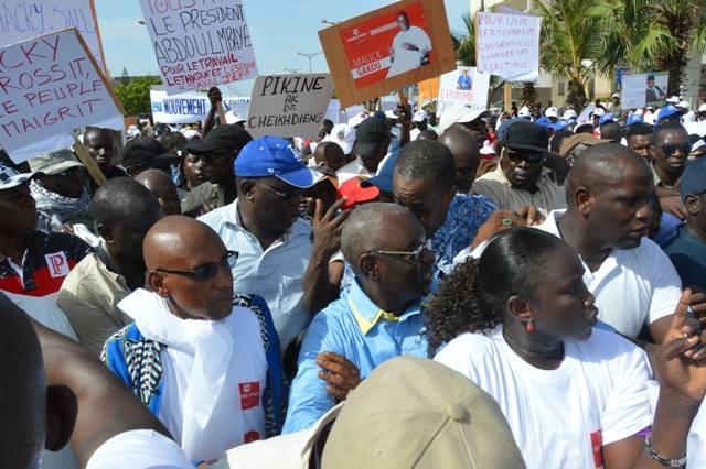 Les manifestants à la marche du 14 octobre à Dakar