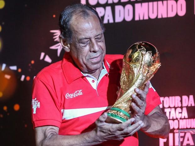 Brésil: décès de Carlos Alberto, d'une crise cardiaque à 72 ans