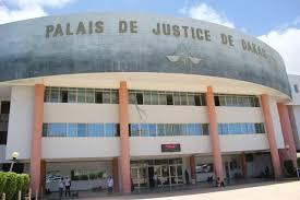 Tribunal :  L'ancien maire de Yoff, Mamadou Sylla citée dans une affaire de faux à propos d'une voiture offerte sans papiers