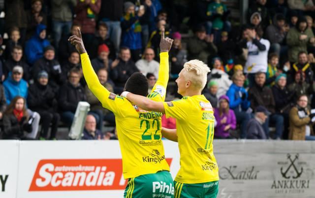 Vidéo: Emile Paul Tendeng élu meilleur joueur de la saison en Finlande