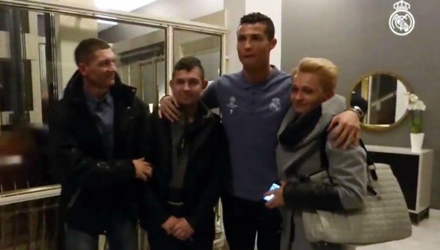 Cristiano a rencontré le garçon qu'il a sorti d'un profond coma grâce à son triplé