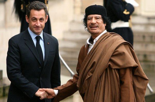 Instruction judiciaire: Khadafi et Sarkozy et le soupçon de financement illicite de la campagne présidentielle 2007