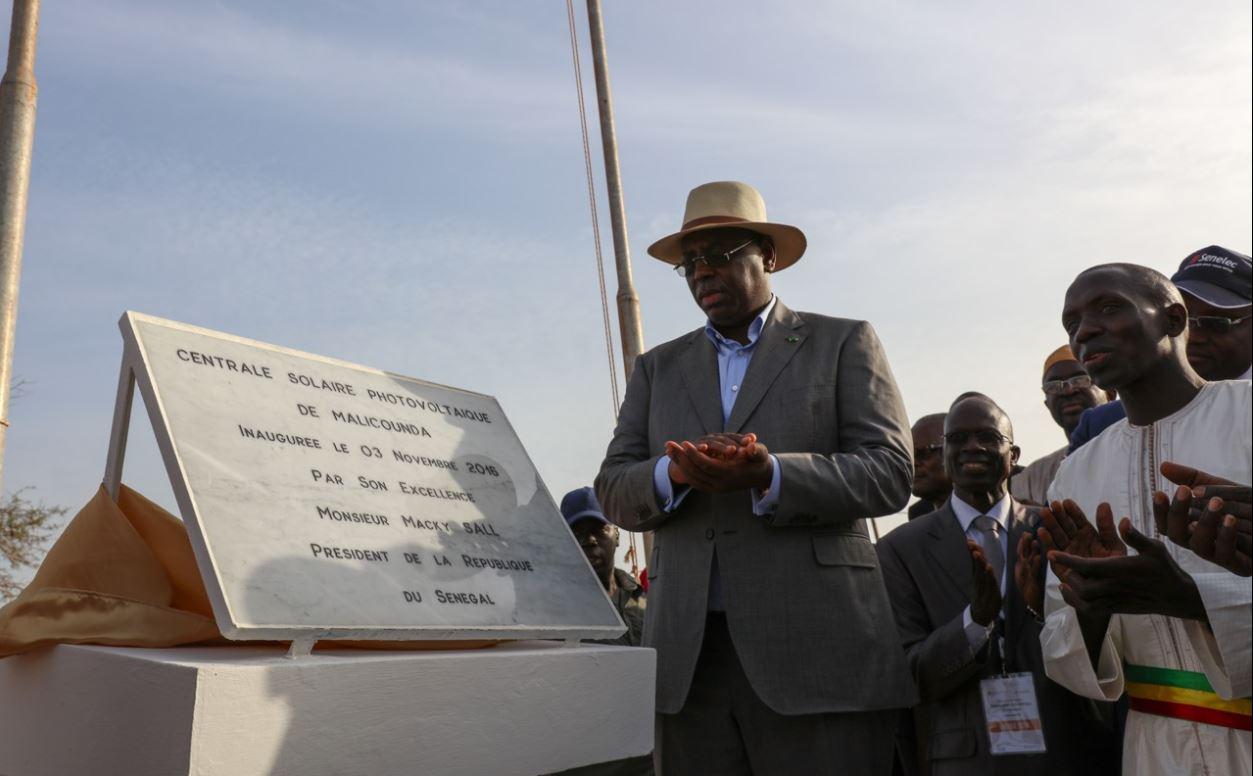 Macky sall, lors de l'inauguration de la centrale solaire de Malicounda (Département Mbour)