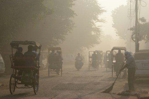 Dans une rue de New Delhi, le 3 novembre 2016