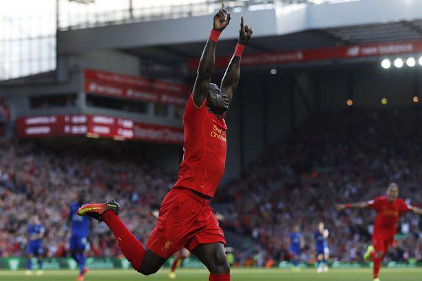 Sadio Mané ouvre le score de la tête pour Liverpool contre Watford à la 26ème contre Watford