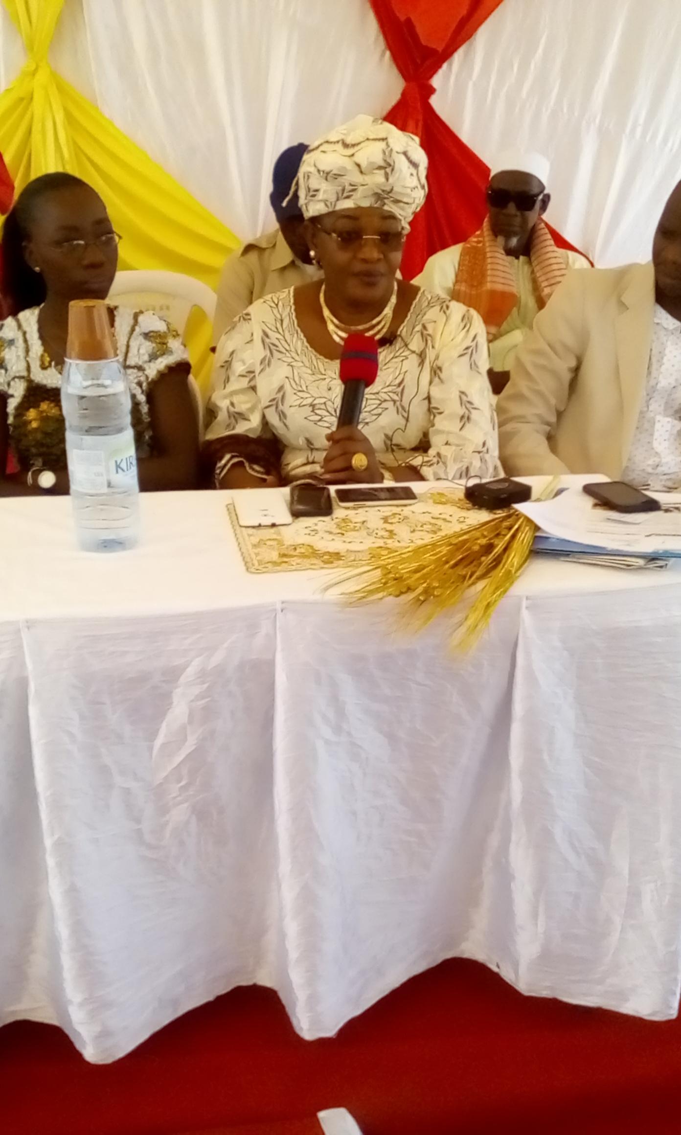 Aida Mbodj, (groupe parlementaire PDS) : « Je n'ai aucune information en ce qui concerne Karim Wade, ni moins de son retour »
