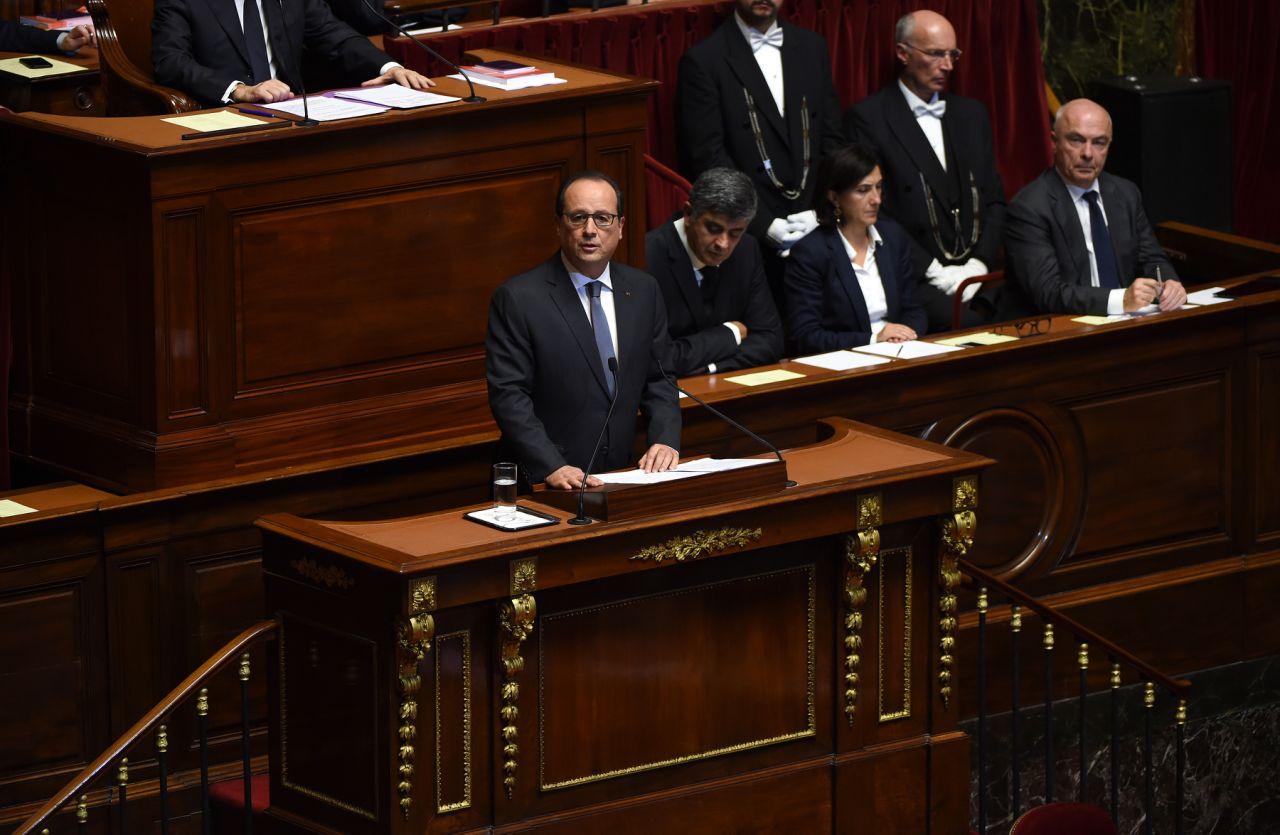 Les députés lancent la procédure de destitution de François Hollande