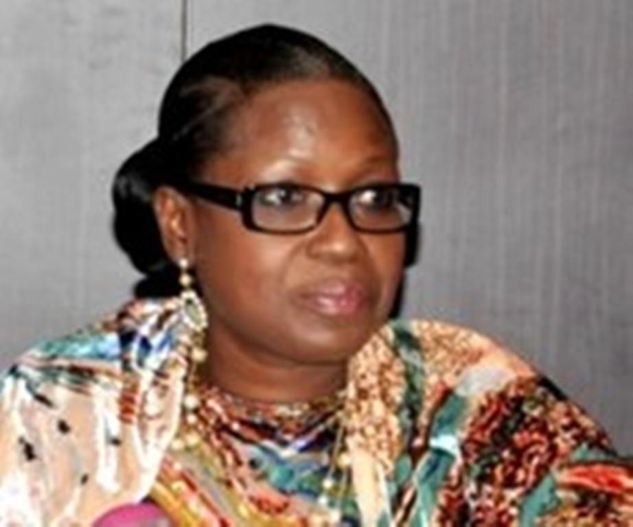 """Inoncence Ntap Ndiaye, Présidente du Haut Conseil du Dialogue Social sur le film de famille: """"Il n'existe plus de communication dans les familles"""""""