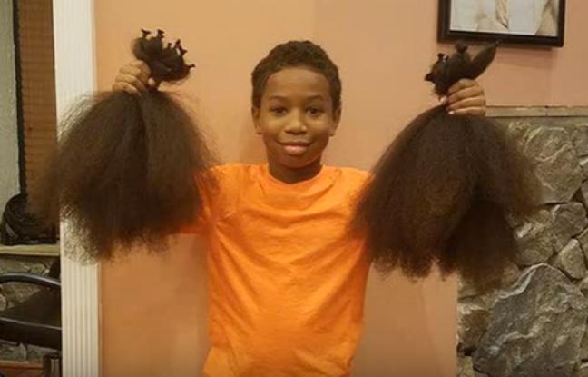 il se laisse pousser les cheveux pour les offrir aux enfants malades. Black Bedroom Furniture Sets. Home Design Ideas