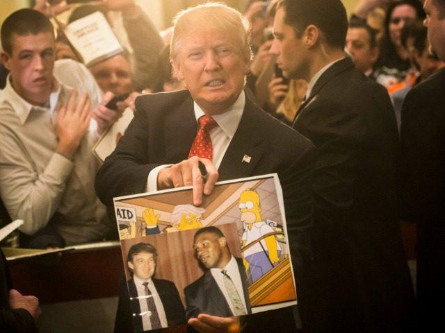 Donald Trump avait apporté son soutien à Mike Tyson en 1991... lorsqu'il avait été accusé de v*ol