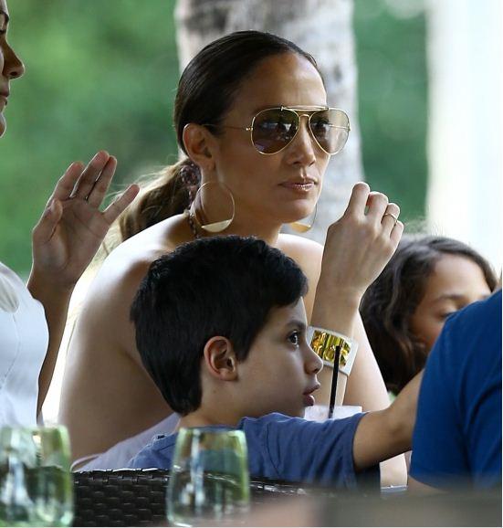 Jennifer Lopez et ses enfants en toute complicité
