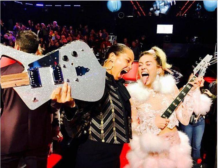 Miley Cyrus et Alicia Keys