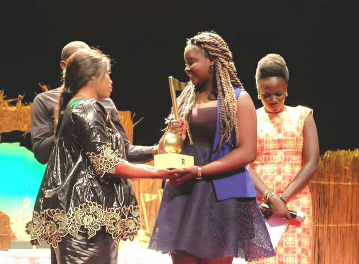 Abiba, la jeune artiste remporte le prix de la Révélation 2016
