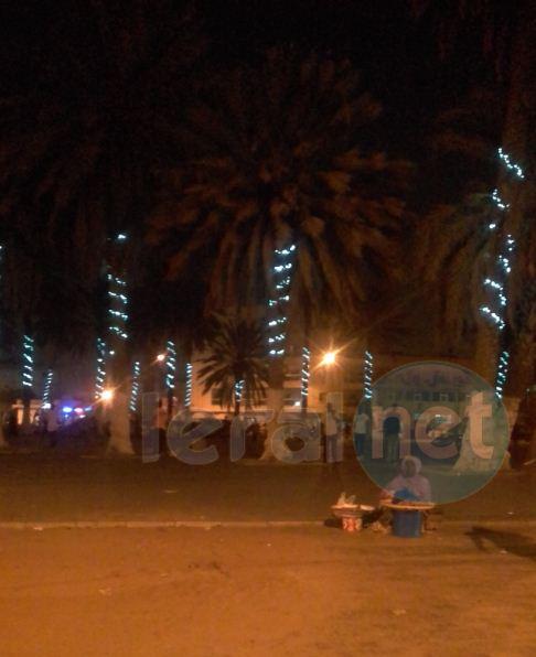 Préparatifs pour la fête de Réveillon, un tour sur le Boulevard  du Centenaire de Dakar et la place de la Nation (Obélisque)