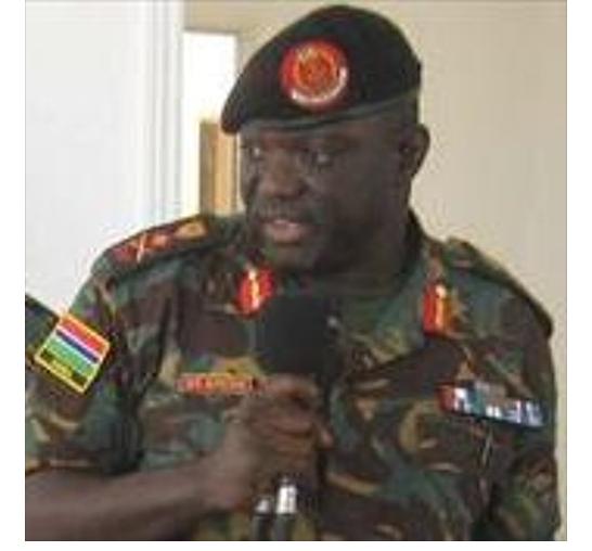 Gambie : le président Adama Barrow choisit son aide de camp