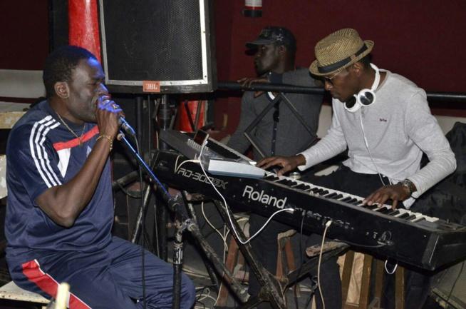 En images - Assane Ndiaye à fond dans ses répétitions avant le samedi 04 février 2017