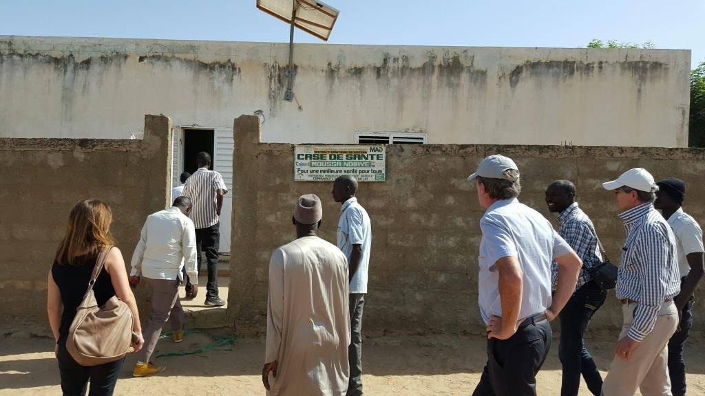 Photos: SEM Christophe Bigot, ambassadeur de la France au Sénégal, visite de terrain à Diofior, Fatick et Nianing-Saly