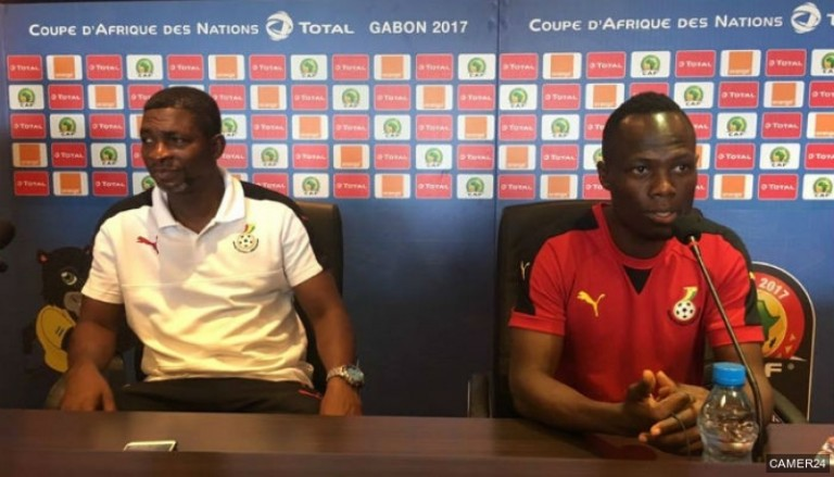 l'entraîneur adjoint des Black Stars, Maxwell Konadu, le défenseur Emmanuel Badu