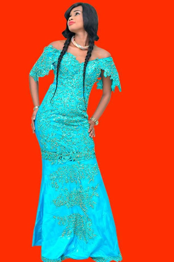Ndiogou Bathily la grande sœur de Soumboulou, une beauté pétillante