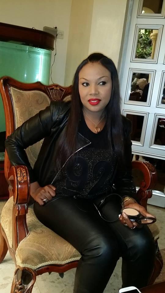 Amina Poté, la sulfureuse is back....regardez
