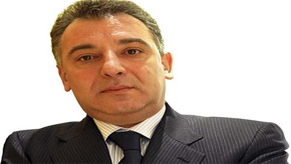 La plainte de Timis contre certains membres de l`opposition: Un simple coup de bluff ?