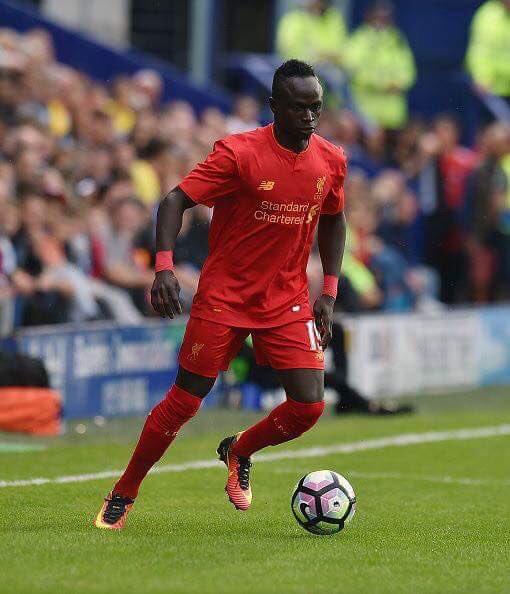 Premier League: auteur d'un doublé en deux minutes, Sadio Mané retrouve le sourire et relance Liverpool