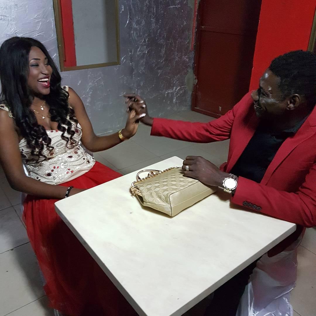 Mbaye Bercy et Bebé Sy de Wiri Wiri en mode Saint Valentin.