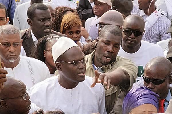 Convocation de Khalifa Sall à la Dic:  Ses proches sonnent la mobilisation, une marée humaine en vue au Tribunal de Dakar