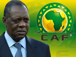 Le président de la confédération africaine de football, le Camerounais Issa Hayatou