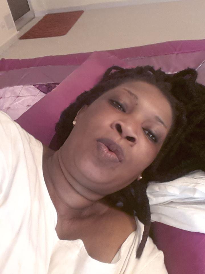 Sélbé Ndom et ses dreadlocks, Mama Africa