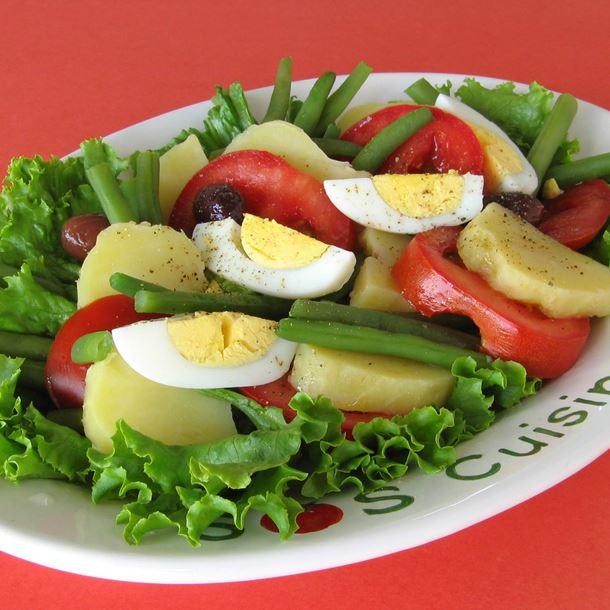 GUIDE DE PRÉPARATION: Salade de légumes variés et œufs durs