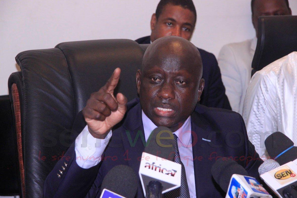 Le procureur de la République menace d'envoyer en prison…