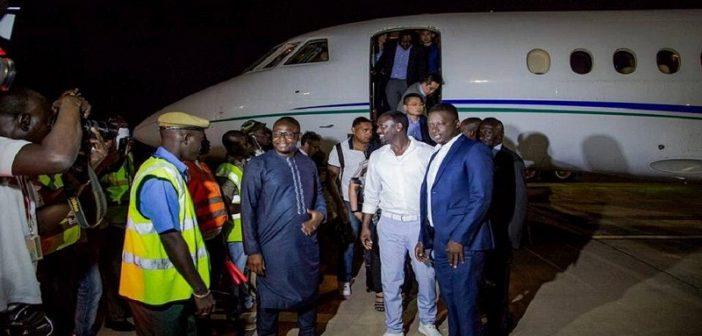 Gambie : Akon en visite officielle